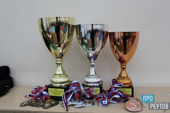 Военно-спортивный турнир «Прорыв-2016» провели в Реутове. Впервые в программу соревнований включили новую полосу препятствий армейского образца. ПроРеутов