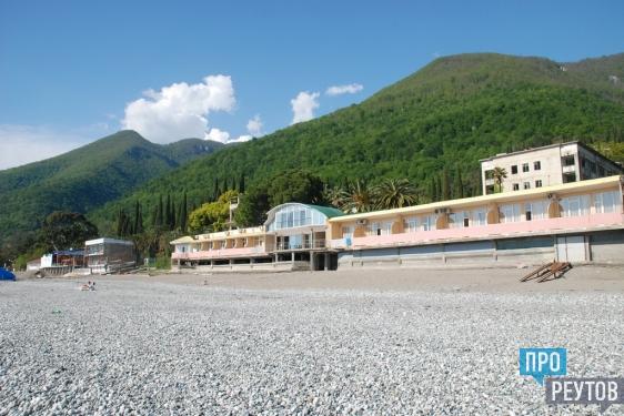 Реутов — Абхазия: ради чего стоить ехать в Гагры в мае. Корреспондент газеты «ПроРеутов» рассказал об отпуске на некогда знаменитом всесоюзном курорте. ПроРеутов