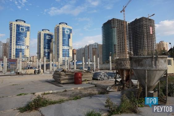 Новый ФОК с бассейном откроется в Реутове в 2016 году. Глава Реутова Сергей Юров утвердил график строительных работ на стадионе «Старт». ПроРеутов